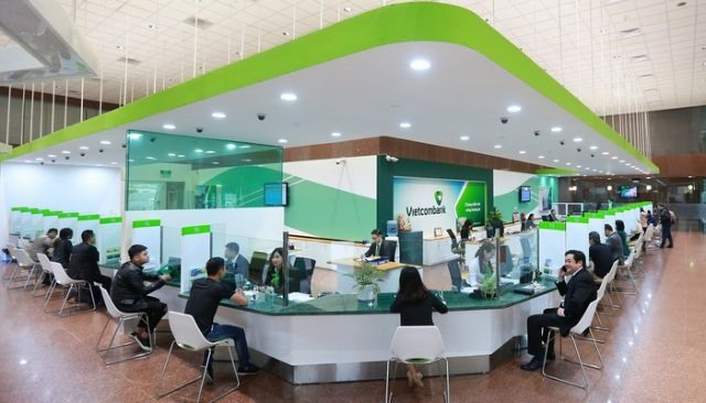 Foreign capital outflow sends VN-Index down