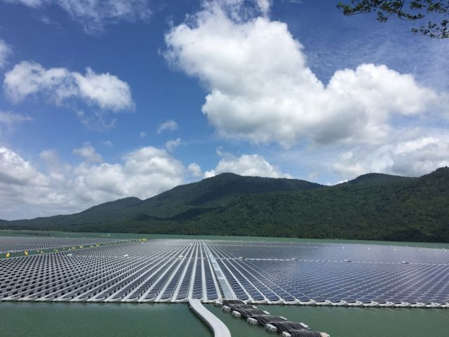 Hydro-floating solar farms: new opportunity for Việt Nams renewable energy sector