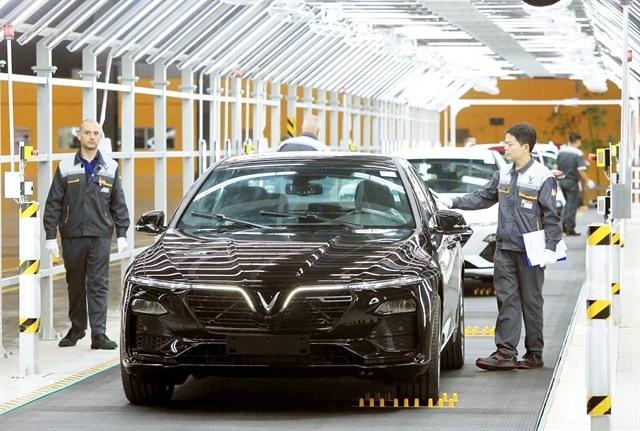 Market rebounds on Vingroups big earnings growth