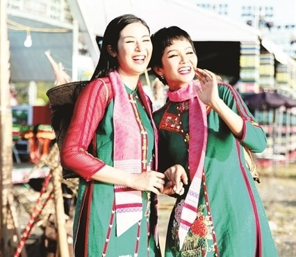 Vietnam Brocade Festival celebrates national culture