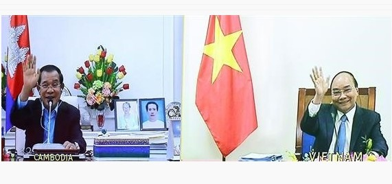 Vietnamese Cambodian PMs talk on strengthening relations