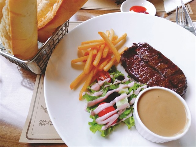 Lets 'meat at La Grupa Steak House