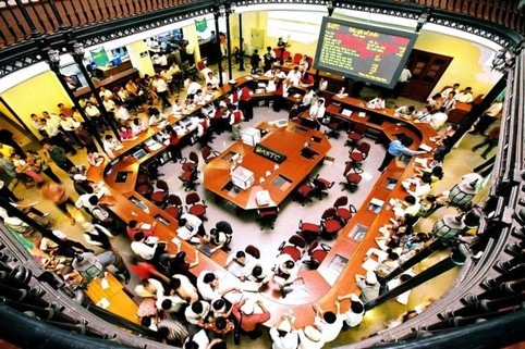 Economic worries drag VN stocks for a 3rd day