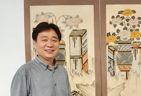 South Korean association seeks to spread love for folk paintings