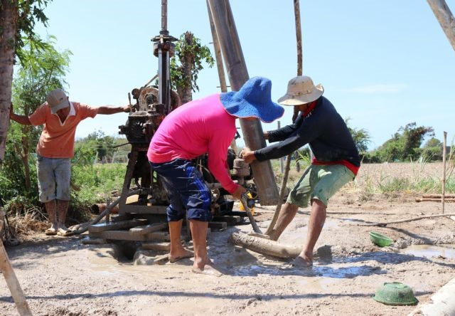 Farmers miserable due to prolonged hot weather in Ninh Thuận