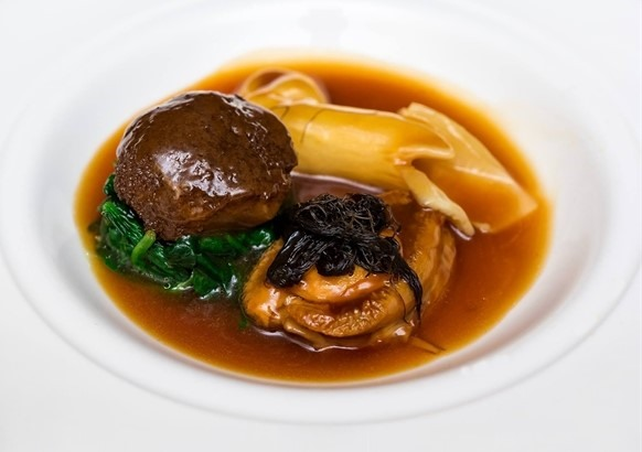Abalone with oyster sauce