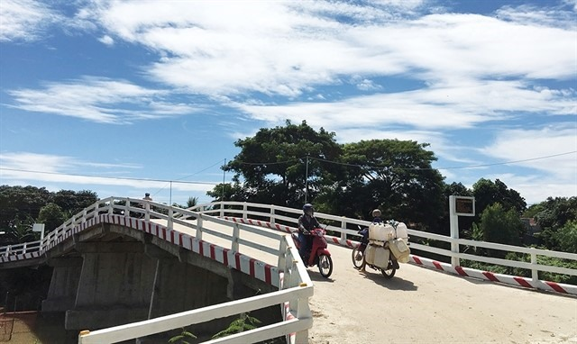 An Giang builds hundreds of rural bridges