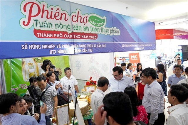 Safe farm produce fair in Cần Thơ showcases regional specialities