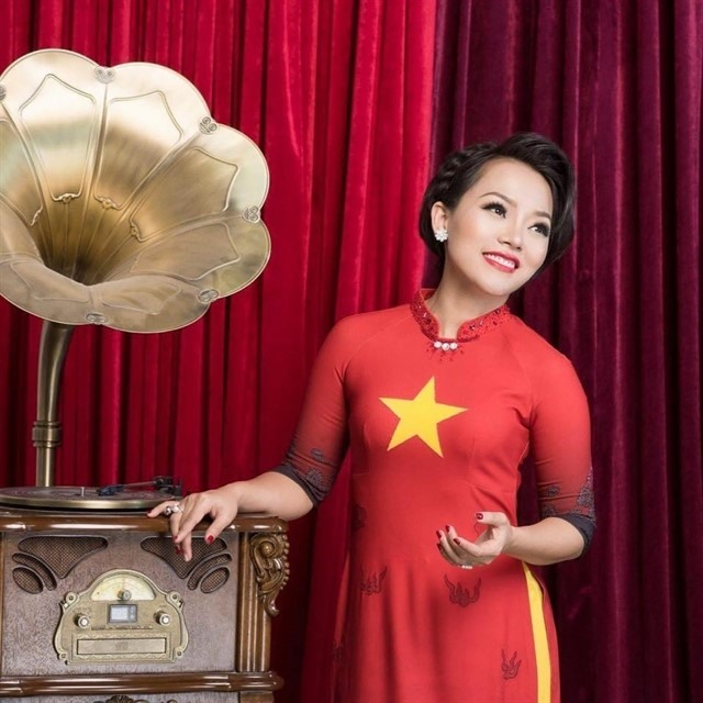 Singer aims to bring positive energy