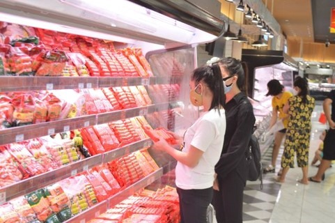 Hà Nội retailers told to increase stocks threefold amid pandemic