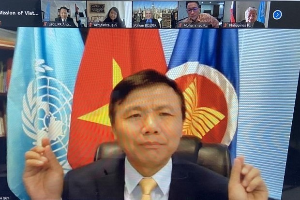 Việt Nam chairs dialogue between ASEAN President-elect of UN General Assembly
