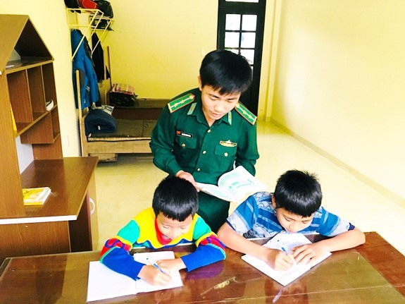 Border soldiers foster disadvantaged children