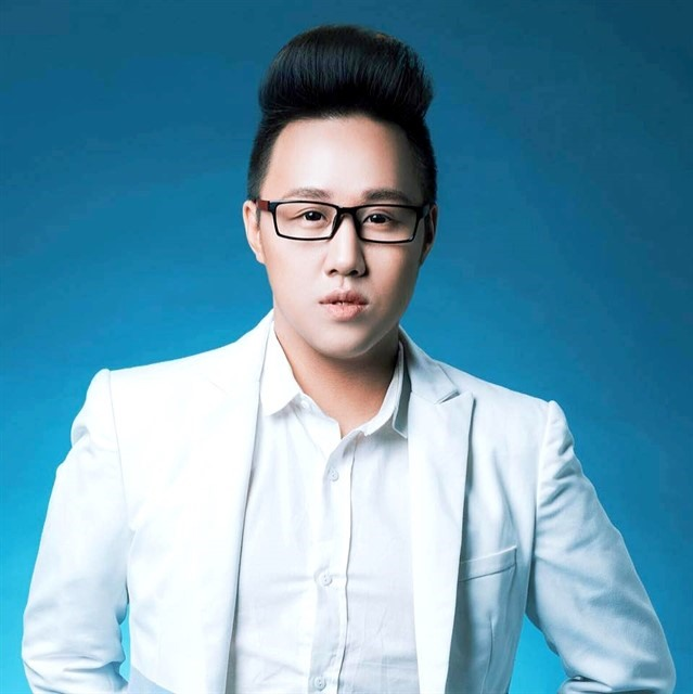 Former Việt Nam Idol contestant returns to music