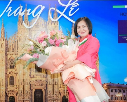 Promoting Vietnamese fashion amid the pandemic