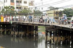 Degraded bridges need urgent funds