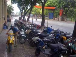 Local authority backflips on Hoan Kiem parking