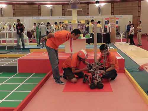 Viet Nam wins first runners-up place at ABU Robocon 2012