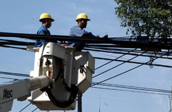 City plans to bury all electrical cables