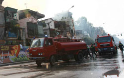 Ha Noi considers plan to fight fires with flyers