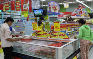 Supermarkets ready for Tet rush