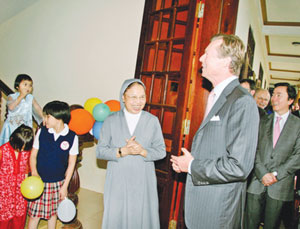 Nun dedicates life to saving children