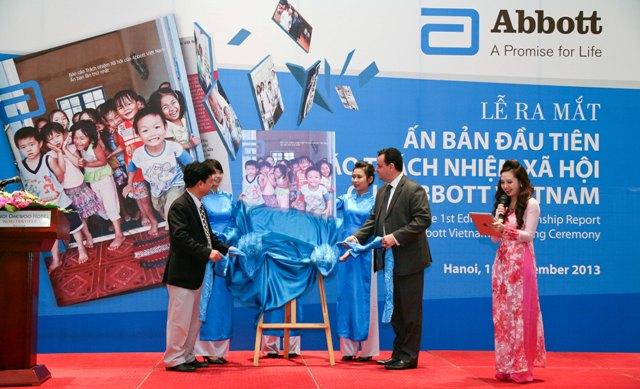Abbott releases first Citizenship Report - Society - Vietnam News    Politics, Business, Economy, Society, Life, Sports - VietNam News
