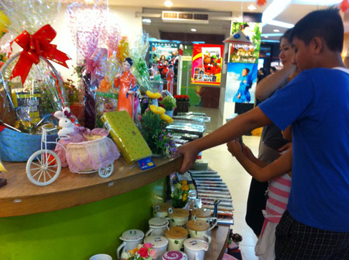Stores slash prices ahead of Teachers Day