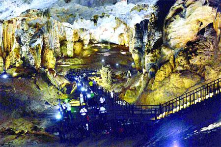 Quang Binh caves: A bedrock of tourism