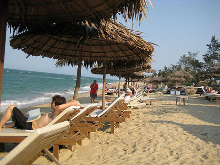 An Bang Beach One Of Best Life Style Vietnam News Politics Business Economy Society Sports