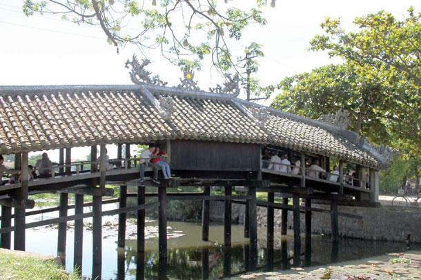 Hues historic bridge link to past and future