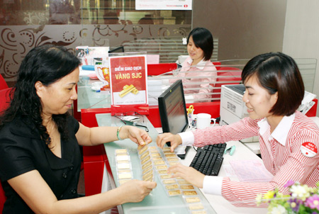 Gold holding services booming