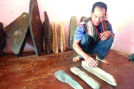 Ancient stones help musical Mnong to rock