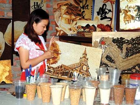 Modern rice paintings grain a following