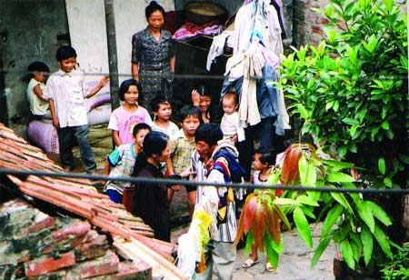 Viet Nam encourages two-child families