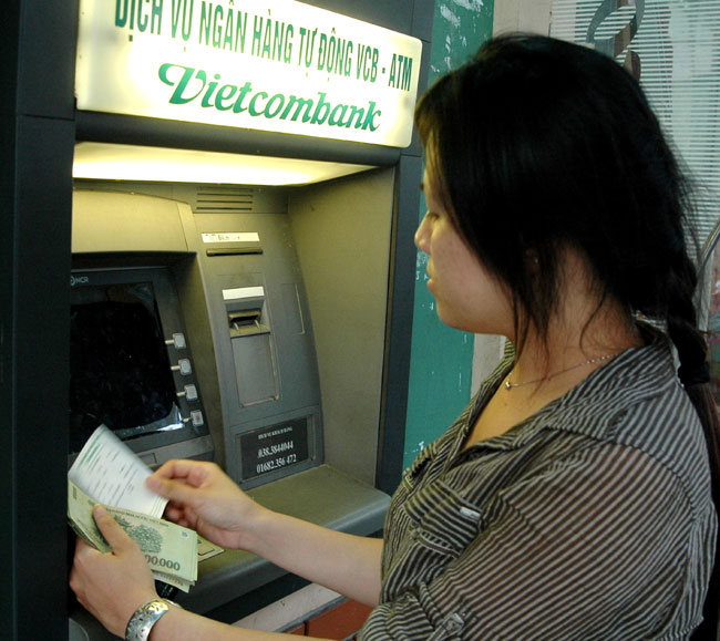 VCBs ATM fees soar up by 67%