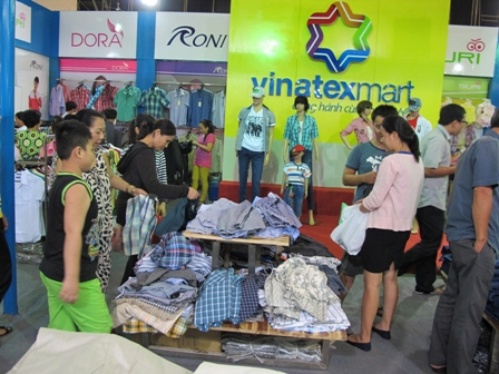 HCM City to host world textile machinery exhibition