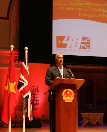 Viet Nam Britain develop special relationship