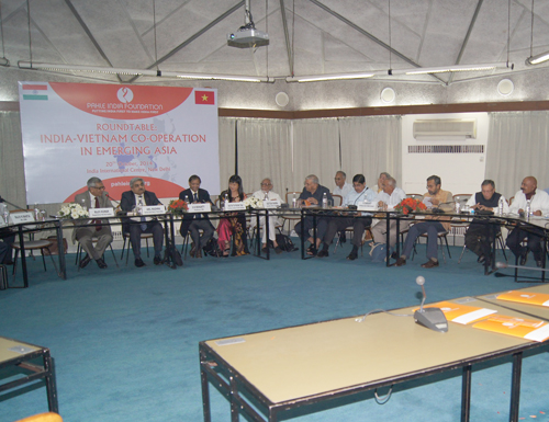Roundtable features India-Vietnam cooperation