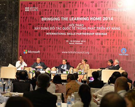 Seminar promotes intl skills exchange