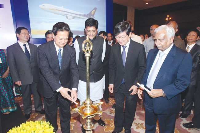 VN India target across-the-board development in strategic relations