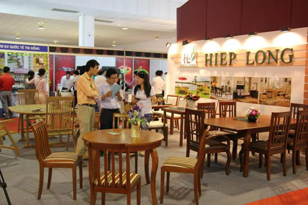 Furnishing fair opens in HCM City