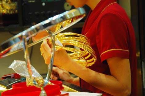 Domestic gold demand suffers sharp downturn