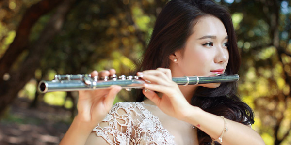 LEspace hosts maiden concert by flutist Huong