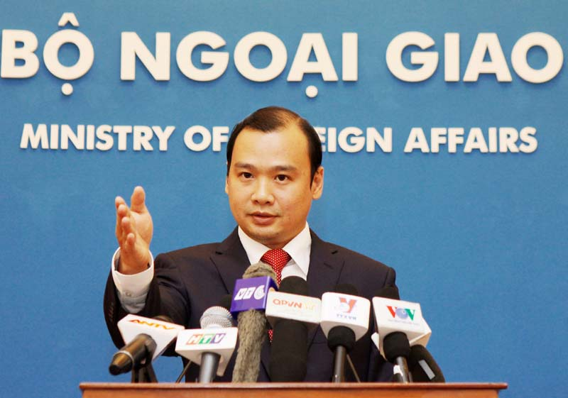 China told to stop illegal activities on Truong Sa