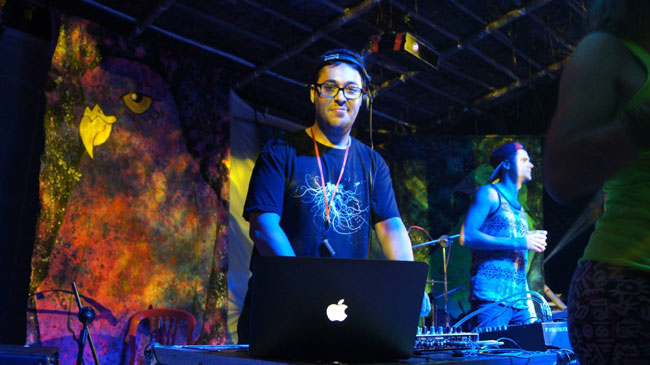 DJ stays in Ha Noi for bun cha
