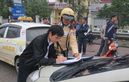 Police to crackdown on traffic violations