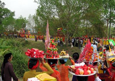 Festival commemorates nations legendary parents