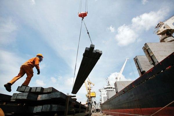 Lukewarm response to export credit insurance