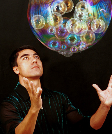 Bubble artist to create magic with new show