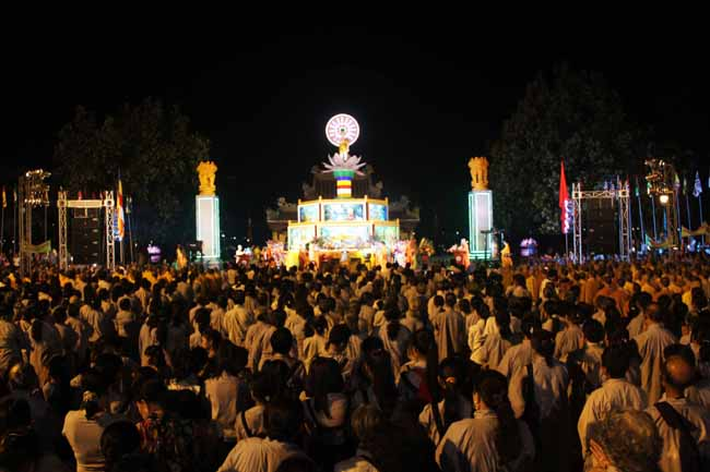 Hue celebrates UN Days of Vesak